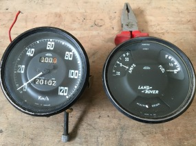 Speedo and fuel & charge indicator dial..... Before....